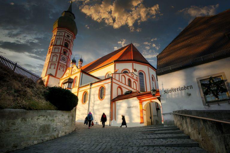 church-5085164_1920